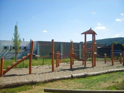 speeltoestellen-schoolplein